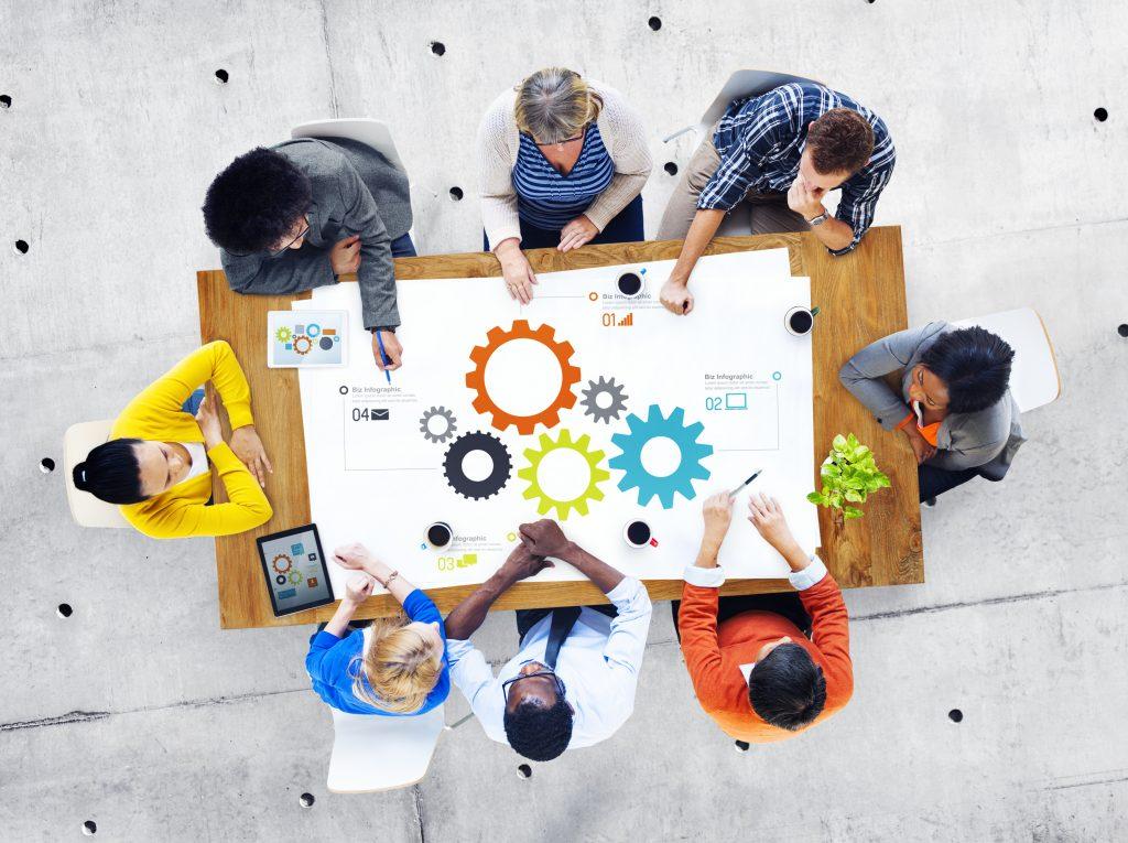 סדנת עבודת צוות ושיתוף מוחות - מאסטרמיינד